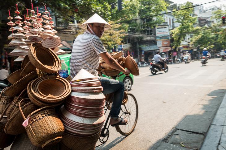 hat vendor in Hanoi