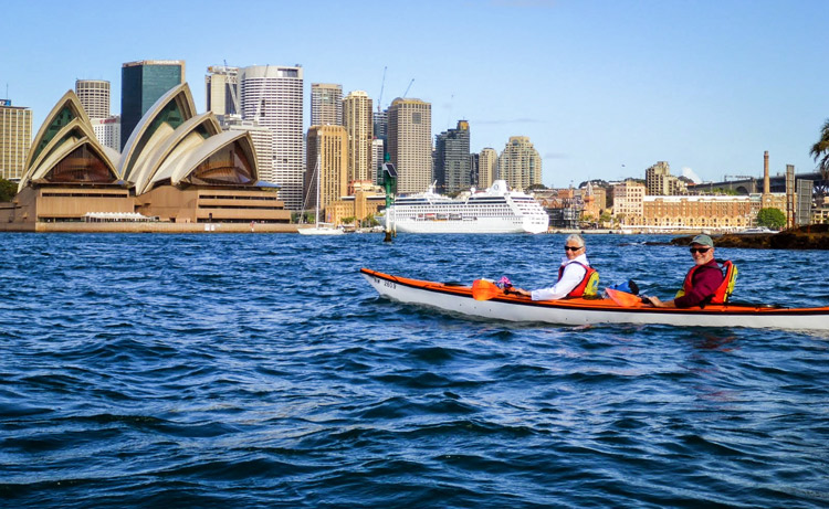 Paddling in Sydney harbour Photos by Patrick